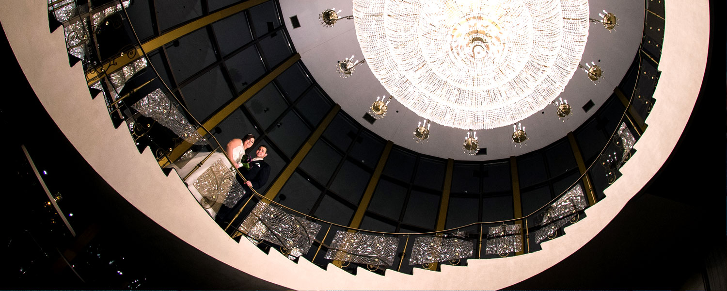 chandelier-couple1