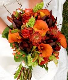 September 1st Fall Is Here Labor Day Weekend Kicks Off The Start To Wedding Season More And Brides Are Opting For A Date Due